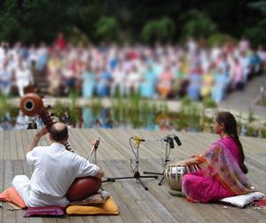 Adesg és Ajita - szitár és tabla - Sri Chinmoy kompozíciói